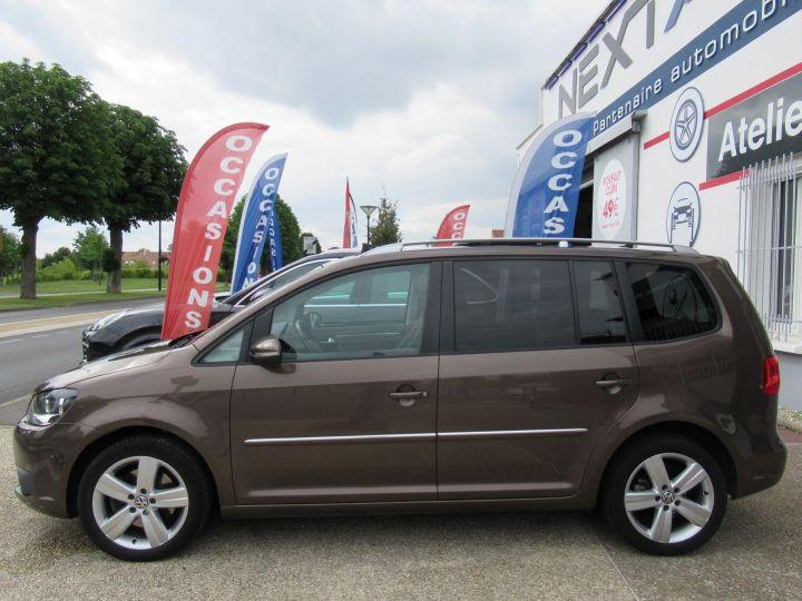 Volkswagen Touran 2.0 TDI 140CH FAP CARAT Marron - 5
