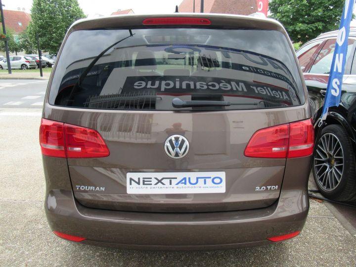 Volkswagen Touran 2.0 TDI 140CH FAP CARAT Marron - 10