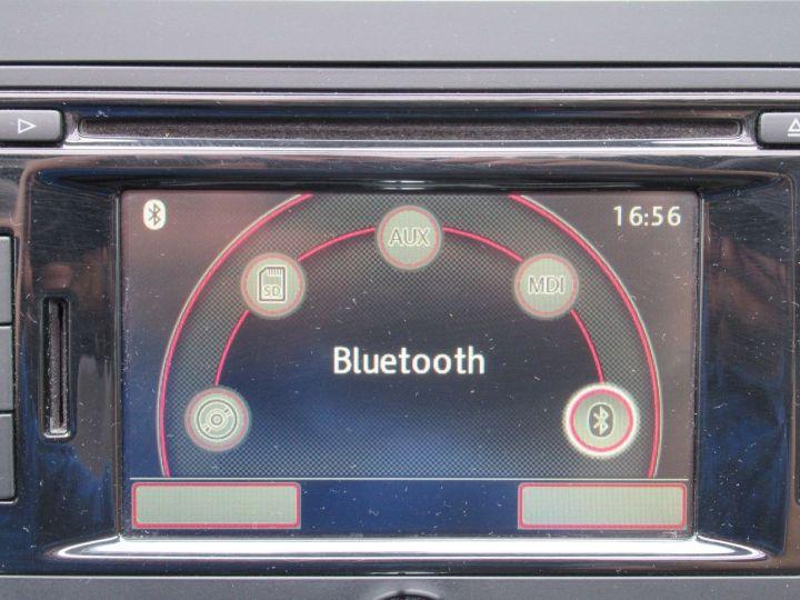 Volkswagen Touran 2.0 TDI 140CH FAP CARAT Marron - 15