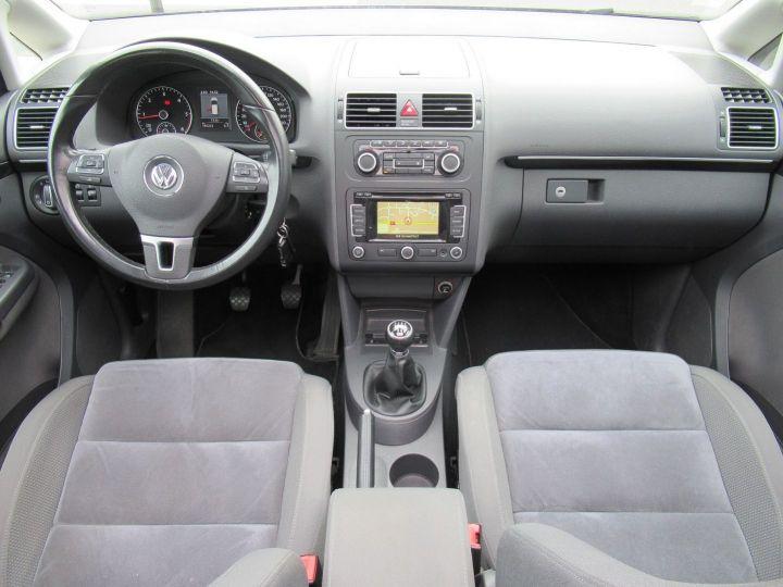 Volkswagen Touran 2.0 TDI 140CH FAP CARAT Marron - 19