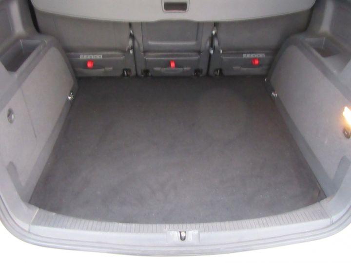 Volkswagen Touran 2.0 TDI 140CH FAP CONFORTLINE Blanc Occasion - 12