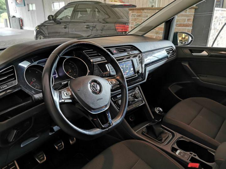 Volkswagen Touran 2.0 TDI 150 CV SOUND 7PL Gris - 4