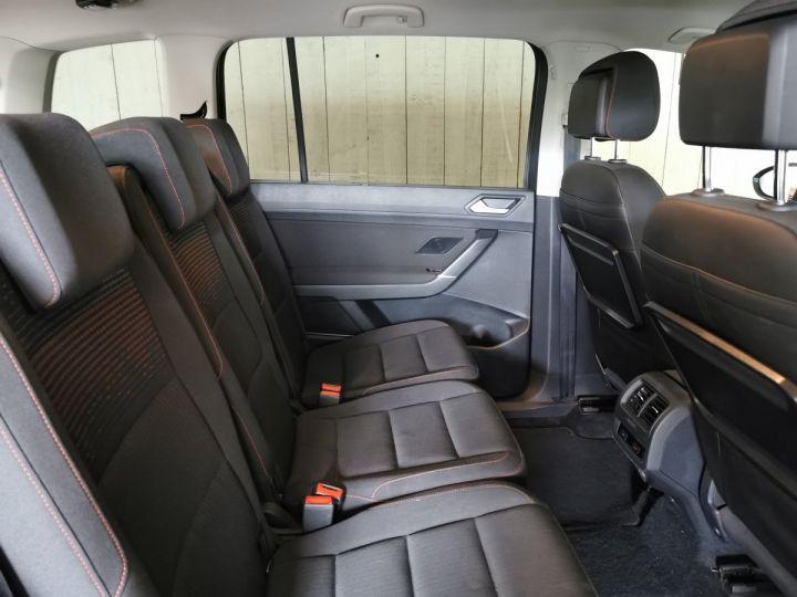 Volkswagen Touran 2.0 TDI 150 CV SOUND 7PL Gris - 7
