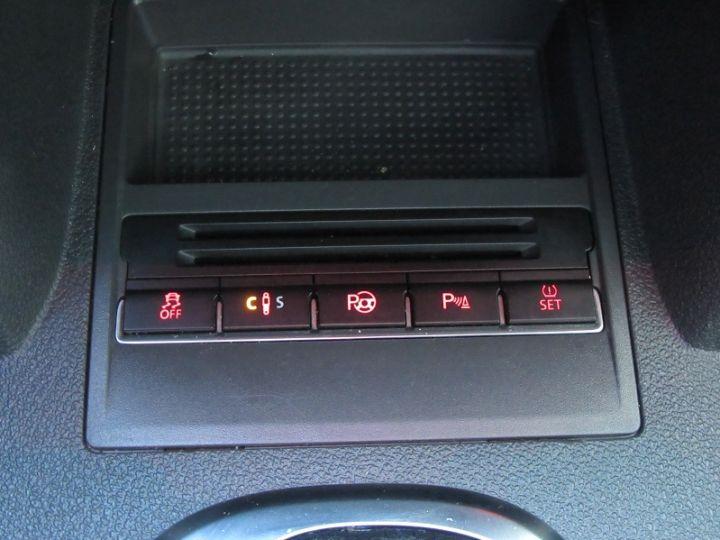 Volkswagen Touran 2.0 TDI 177CH FAP CARAT DSG6 NOIR Occasion - 17