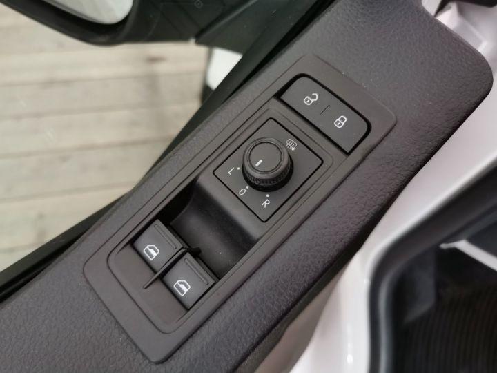 Volkswagen Transporter T6 2.0 TDI 102 CV SURELEVE Blanc - 7