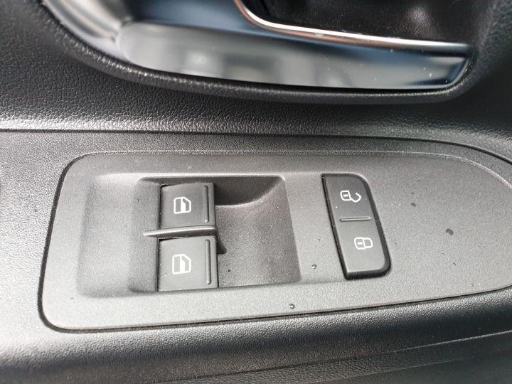 Volkswagen Up 1.0 60 club 5 portes 21 848kms Noir Occasion - 12