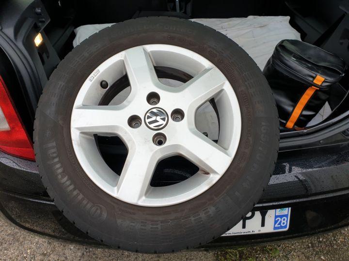 Volkswagen Up 1.0 60 club 5 portes 21 848kms Noir Occasion - 14