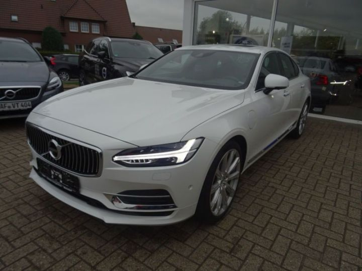 Volvo S90 T8 TWIN ENGINE 320 + 87CH INSCRIPTION GEARTRONIC BLANC Occasion - 1