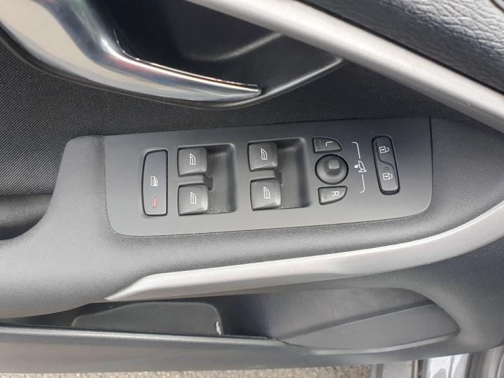 Volvo V40 1.6 d2 115 momentum bva ii Gris Occasion - 14