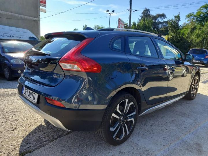 Volvo V40 CROSS COUNTRY D2 120 OVERSTA EDITION GEARTRONIC 6  - 2
