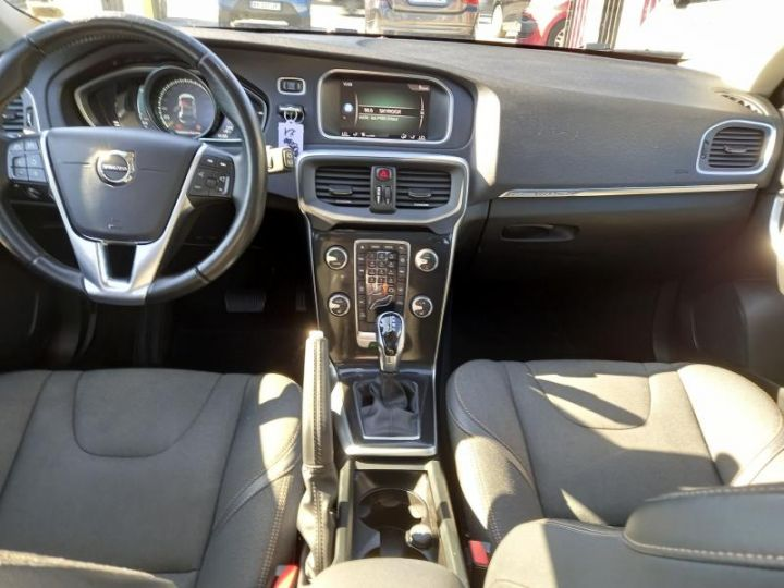 Volvo V40 CROSS COUNTRY D2 120 OVERSTA EDITION GEARTRONIC 6  - 3