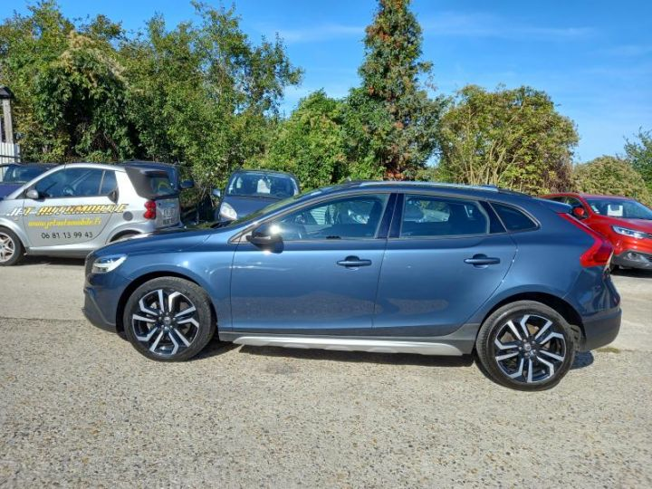 Volvo V40 CROSS COUNTRY D2 120 OVERSTA EDITION GEARTRONIC 6  - 13