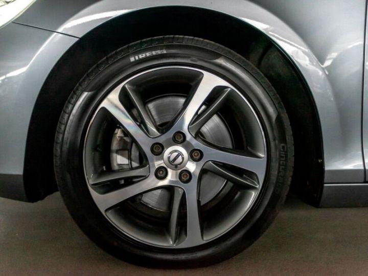 Volvo V40 #  D4 Momentum # 1ere Main # 29761Kms # Gris Peinture métallisée - 7