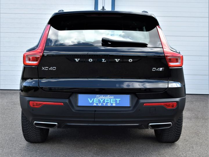 Volvo XC40 D4 AWD 190 R-design  - 4