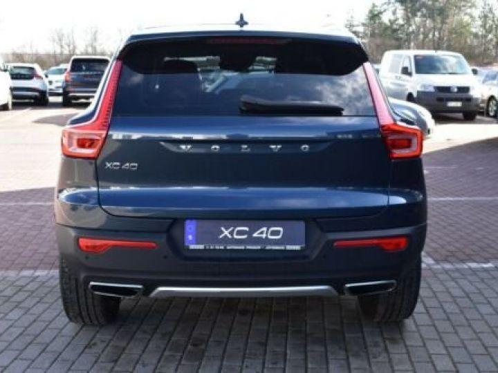 Volvo XC40 T3 INSCRIPTION BLEU - 4