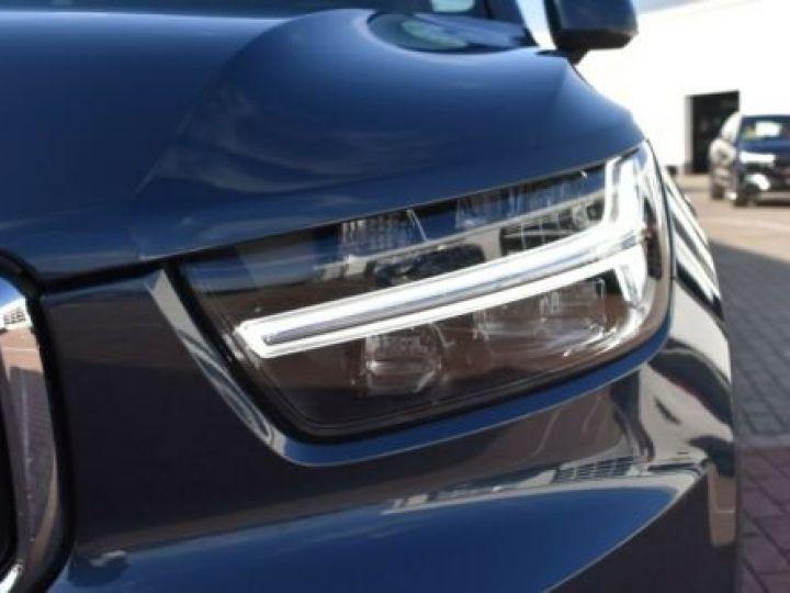 Volvo XC40 T3 INSCRIPTION BLEU - 9