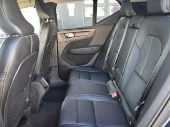 Volvo XC40 T3 INSCRIPTION BLEU - 14