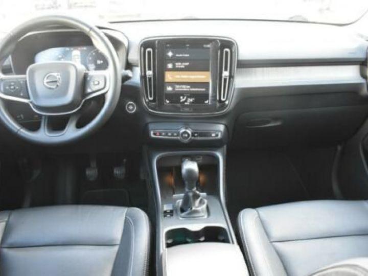Volvo XC40 T3 INSCRIPTION BLEU - 16