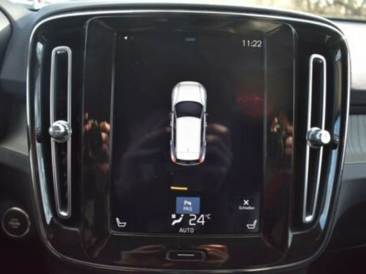 Volvo XC40 T3 INSCRIPTION BLEU - 19
