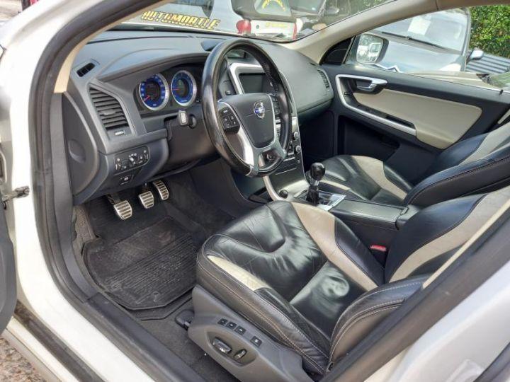 Volvo XC60 2.4D 175 R DESIGN  - 6