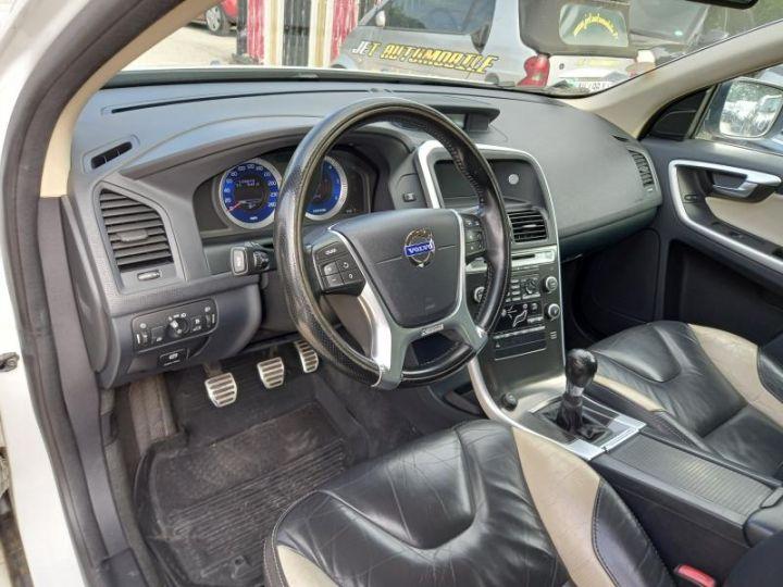 Volvo XC60 2.4D 175 R DESIGN  - 8