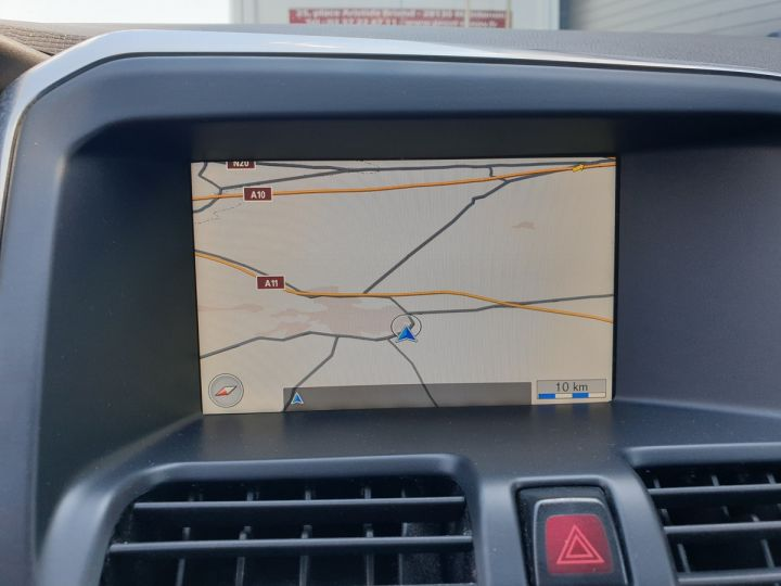 Volvo XC60 d3 drive 135 design bv6 Noir Occasion - 6