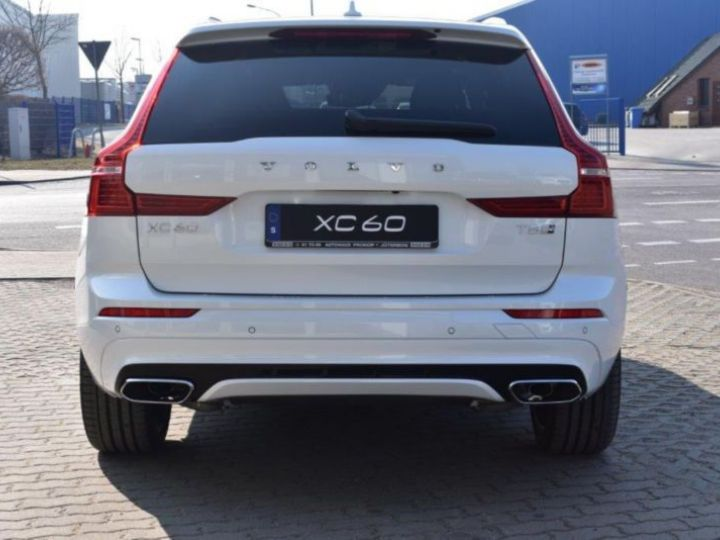 Volvo XC60 T8 TWIN ENGINE 320 + 87CH R-DESIGN GEARTRONIC BLANC Occasion - 4