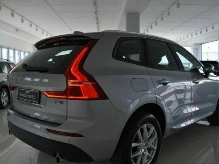 Volvo XC60 # XC60 T8 Twin Engine AWD Geartronic Business # Gris Peinture métallisée - 5