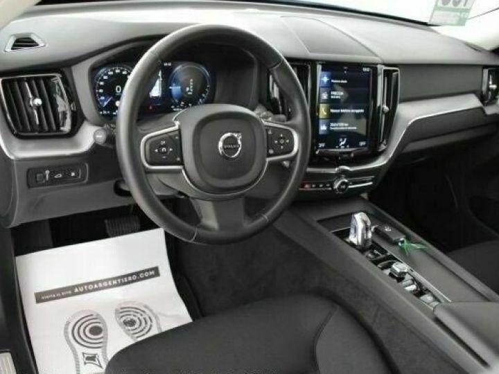 Volvo XC60 # XC60 T8 Twin Engine AWD Geartronic Business # Gris Peinture métallisée - 11