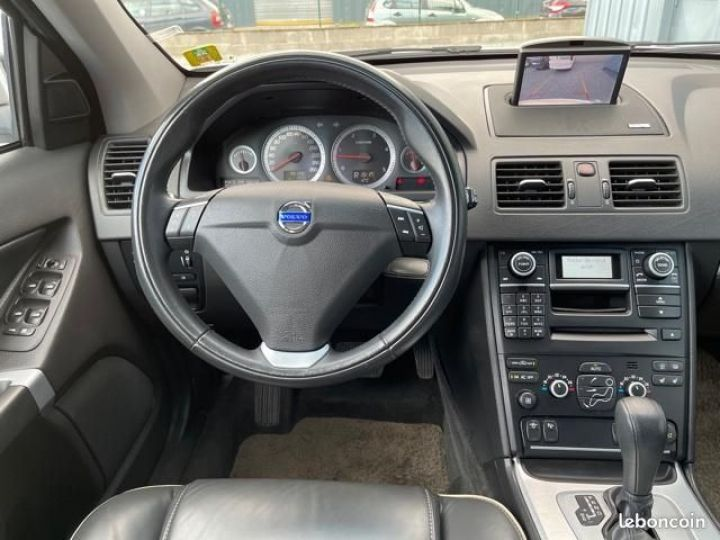 Volvo XC90 d5 200cv summum awd 7 places Gris - 4