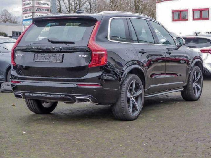 Volvo XC90 XC90 D5 AWD Geartronic R-Design # Navi # Toit Pano # 7 Places  Noir Peinture métallisée - 2