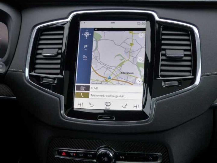 Volvo XC90 XC90 D5 AWD Geartronic R-Design # Navi # Toit Pano # 7 Places  Noir Peinture métallisée - 7
