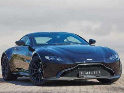 Aston Martin V8 Vantage AML SPECIAL Onyx Black/Lime Essence Painted