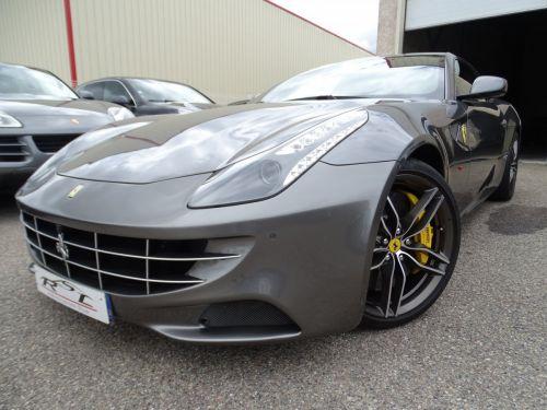 Ferrari FF V12 4M/Ceramique  Pack Carbone + Alcantara noir  Cameras Av et Ar .....