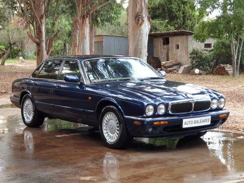 Jaguar XJ8 3.2 L V8 PACK CLASSIC