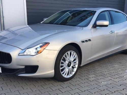 Maserati Quattroporte  VI (2) 3.0 V6 S Q4 410 (07/2014) Toit ouvrant