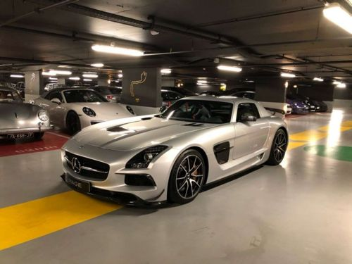 Mercedes SLS BLACK SérieS