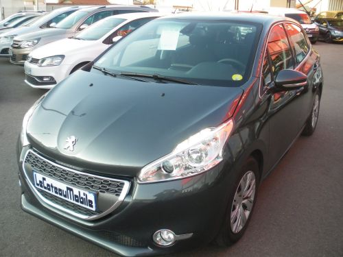 Peugeot 208 1.4 L HDI BUSINESS PACK