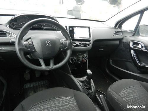 Peugeot 208 1,6L BlueHDi 100 PACK CLIM NAV.BVM5