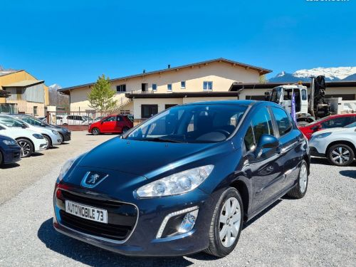 Peugeot 308 1.6 hdi 112 premium pack 06/2012 GPS TOIT PANORAMIQUE REGULATEUR