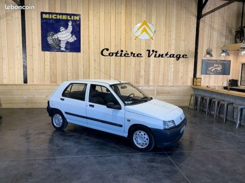 Renault Clio Très belle clio1 1.2l RN