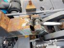 Camion porteur Renault Kerax Ampliroll Polybenne 370dci.19 potence cassée VERT - BLEU Occasion - 10