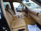 Porsche Cayenne Cayenne S 4.8L 385PS Tipt/PASM PCM Jtes 19 PDC BIXENON ORD noir metallisé  - 12