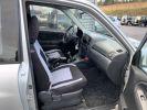 Suzuki GRAND VITARA 2 L TD 3 portes 109 CV Luxe Gris clair  - 10
