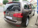 Volkswagen Touran 2.0 TDI 140CH FAP CARAT Marron  - 12