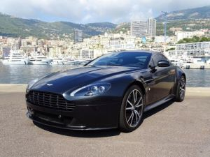 Aston Martin V8 Vantage S SPORTSHIFT 436 CV SP10 - MC Vendu
