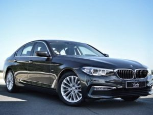 BMW Série 5 BMW 520DA G30 XDRIVE FINITION LUXURY 2.0 190ch BVA8 1ERE MAIN HISTO BMW BLACK PANEL LED SIEGES CONF Occasion