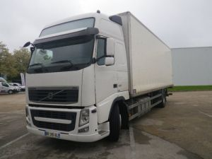 Camion porteur Volvo FH13 Fourgon tolé fh 13 420 4x2  Occasion