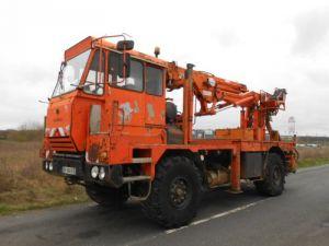 Camion porteur Tatra T Plateau + grue 815.2 PR2 4x4 CENTRAMA LPC12 Occasion