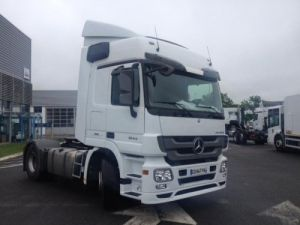 Camion tracteur Mercedes Actros 1844 Espace Euro 5 Occasion